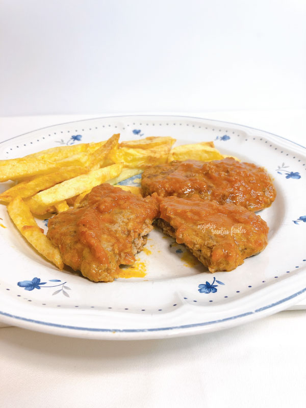 filetes rusos con salsa de tomate casero